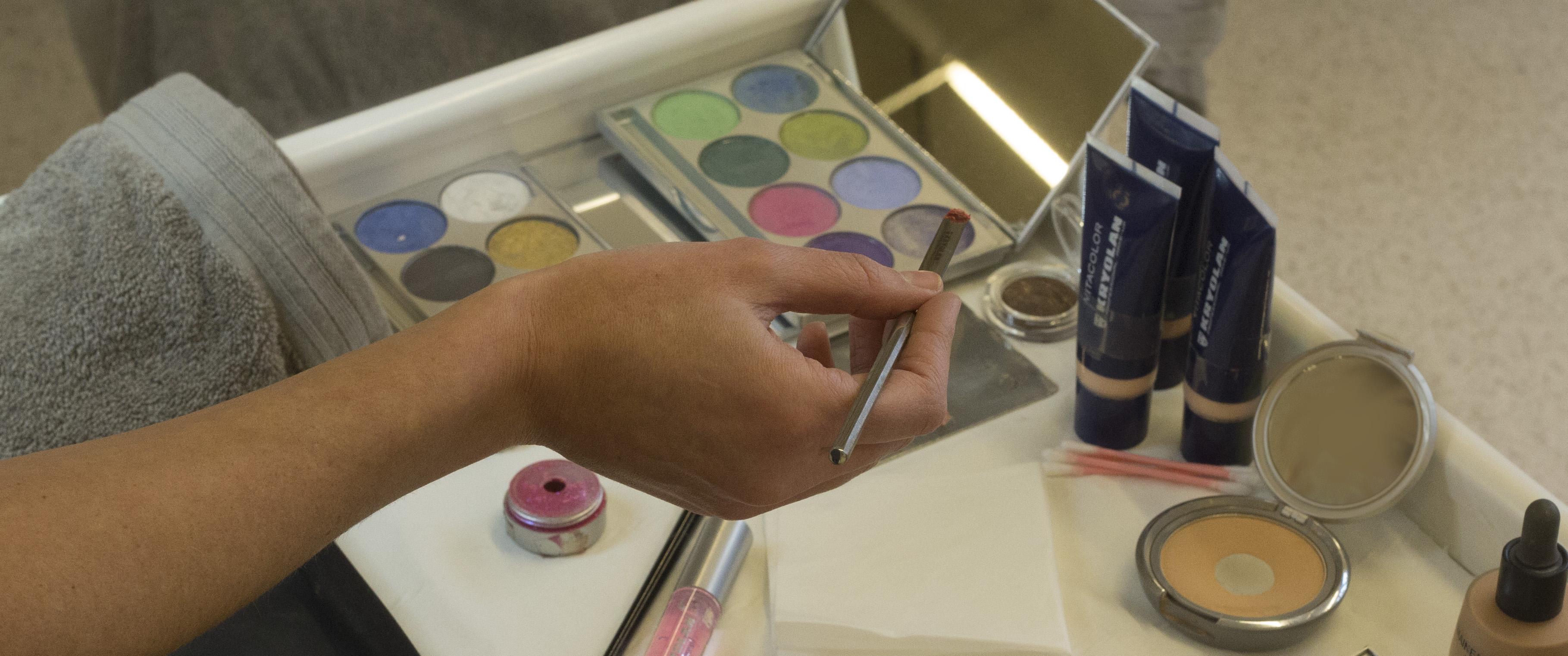 SV_25_dichtbij_werkpost_make-up